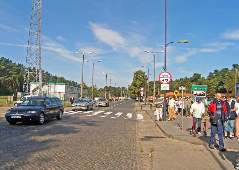 http://usedom-wollin.eu/img/Ahlbeck-Grenze-800++.jpg